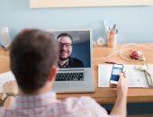 """دراسة: الشغل """"أونلاين"""" من المنزل يقوى علاقات الزملاء ويزيد رضاهم عن وظائفهم"""