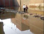 تراكم مياه الأمطار مع المجارى.. شكوى أهل قرية شلقان بالقليوبية