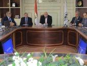 محافظ بنى سويف يصدر قرارا بتقليل عدد حضور العاملين فى المديريات الخدمية