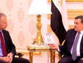 أسامة هيكل للسفير الأمريكى: السيسى وجه الحكومة بتعزيز الشفافية لمواجهة الشائعات