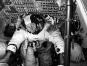 وفاة ألفريد وردن رائد فضاء دار حول القمر عن عمر يناهز 88 عامًا