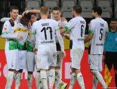 مونشنجلادباخ يفوز على لايبزيج 1-0 ويحرمه من صدارة البوندزليجا