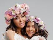 شاهد..داليا البحيرى تحتفل بعيد الأم بجلسة تصوير جديدة مع ابنتها قسمت