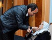 السيسي في عيد الأم: أتوجه بأغلى مشاعر الإنسانية لمن ضحت وكانت رمزًا للحكمة