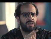 شاهد.. أحمد أمين يسخر من أعداء النوم وعاداته فى مصر