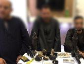 ضبط 3 مسجلين خطر بحوزتهم مخدر الأفيون بقصد الإتجار فى سوهاج