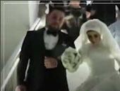 فيديو.. حفل زفاف عروسين يتحدى كورونا بالكمامة