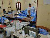 صور.. ضبط مصنع لإنتاج الكمامات بدون ترخيص فى الشرقية
