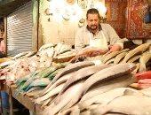 يا سمك مين يشتريك.. الأسواق فارغة بسبب كورونا