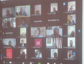 رئيس جامعة بنها يجتمع بعمداء الكليات والطلاب عبر الفيديو كونفرانس