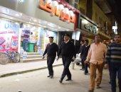 صور.. مدير أمن الأقصر وسكرتير المحافظة يتابعان غلق 460 محل ومقهى وضبط 15 مخالفة للقرار