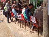 شباب زفتى ينظمون تجمعات المواطنين أمام ماكينات الصرف للوقاية من كورونا.. صور