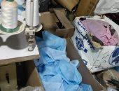 صور.. ضبط 5 آلاف كمامة غير مطابقة للمواصفات بمصنع مخالف فى حملة بالدقهلية