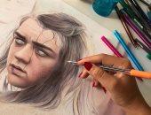 """سامية داغر .. رسامة لبنانية تصل للعالمية بفضل رسوماتها بـ """"القلم الجاف"""""""