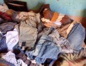 صور.. مأساة مواطن من الغربية يعيش في منزل آيل للسقوط