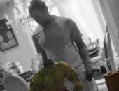 """على طريقة hulk.. أحمد الفيشاوى يلعب """"ملاكمة"""" ويعلق: ولا تيأس أبدًا"""