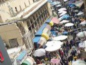 للوقاية من كورونا.. قارئ يطلب منع التكدس والزحام فى المنشية بالإسكندرية