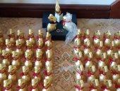 فرح أرانب.. زوجان يستخدمان شيكولاتة زفافهما المؤجل فى تخيل الحفل