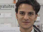 """فيديو.. """"شهامة عرب"""".. شادى شحادة لاجئ سوري يساعد المسنين وغير القادرين لاحتواء كورونا.. كون فريقا تطوعيا من اللاجئين في سويسرا لشراء احتياجتهم خوفا عليهم من الفيروس.. وطبيبة سويسرية متقاعدة: يخدمنا كأنه ابننا"""