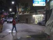 صور.. مدينة الأقصر تستكمل حملات التعقيم والتطهير للشوارع خلال حظر التجوال