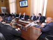 وزير النقل يؤكد على تشغيل القطارات لمحطاتها حتى حال تزامنها مع وقت الحظر