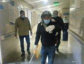 صور.. تعقيم وتطهير المستشفى المركزى فى سيدى غازى بكفر الشيخ ليلاً
