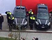 الشرطة الإيطالية تعتقل 5 تجار ملابس لاتهامهم بالنصب على مواطنين عبر إنستجرام