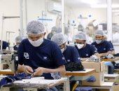 عامل يحول شقته لمصنع لإنتاج الكمامات الطبية المغشوشة فى أبو النمرس