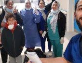 مستشفى أبو خليفة بالإسماعيلية تُسجل خروج الحالة 26 من متعافى كورونا.. صور