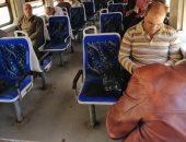 فيديو وصور.. الهدوء يسيطر على قطار القاهرة - الزقازيق بدون زحاما للركاب