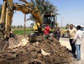 رئيس مدينة الطود يتفقد العمل بخطوط الصرف الصحى والتعقيم وصرف المعاشات