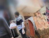 شباب بالإسكندرية يوزعون شنط الخير لمساعدة غير القادرين
