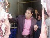 صور.. تحرير 10 محاضر وإعدام لحوم فاسدة فى حملة على المحلات بسوهاج