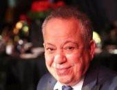 نجاة الفنان محمد محمود من حادث كبير وتهشم سيارته وزوجته تطمئن جمهوره