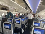 إقلاع طائرة مصر للطيران من واشنطن على متنها 290 مصريًا.. صور