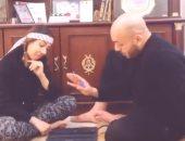 """شكلك فاهم يا نصه.. إيمى طلعت زكريا وشقيقها يتقمصان شخصيات """"غبى منه فيه"""""""