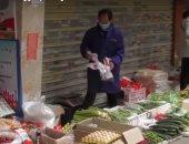 شاهد.. أسواق مدينة ووهان الصينية تستعيد نشاطها بحذر