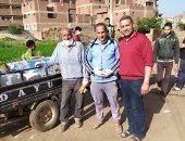 حملة تطهير لشوارع قرية كفر رضوان بالقليوبية للوقاية من كورونا