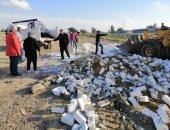 صور.. بناء مخالف على المقابر  شرق الإسكندرية.. والحى يتولى الإزالة