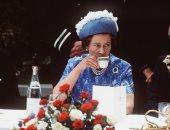 عطور وطلاء أظافر وصابون ..مستحضرات التجميل المفضلة عند الملكة إليزابيث