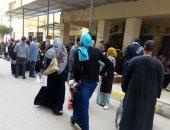 صور.. اضبط مخالفة.. زحام فى مستشفيات جامعة طنطا رغم تحذيرات كورونا