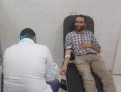 صور .. حملة للتبرع بالدم للعاملين بالمجمع الطبى فى طنطا