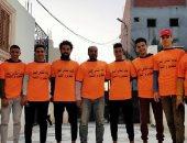 """شباب قرية """"أنشاص البصل"""" بالشرقية يطهرون الشوارع لمكافحة فيروس كورونا"""