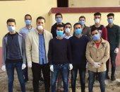شباب قرية التمارزة بالشرقية يطهرون الشوارع لمكافحة فيروس كورونا