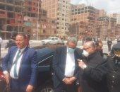 محافظ القاهرة يترأس حملة إزالات مخالفة بمنطقة ترعة الطوارئ بالسلام