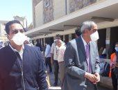 نائب محافظ قنا يتابع أعمال تعقيم وتطهير المنشآت العامة