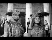 """لقاء نادر لعمر الشريف فى روما يتحدث عن """"سقوط الإمبراطورية الرومانية"""".. فيديو"""