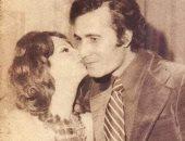 """""""بوسة"""" شهيرة على خد أبوها وزيارة أثرية..رانيا محمود ياسين تكشف عن صور الذكريات"""
