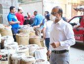 سوق البلح في الساحل يتحدى الكورونا بالكمامة