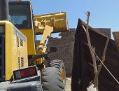 إزالة 3 حالات تعد على أملاك الدولة بمدينة دهب فى جنوب سيناء